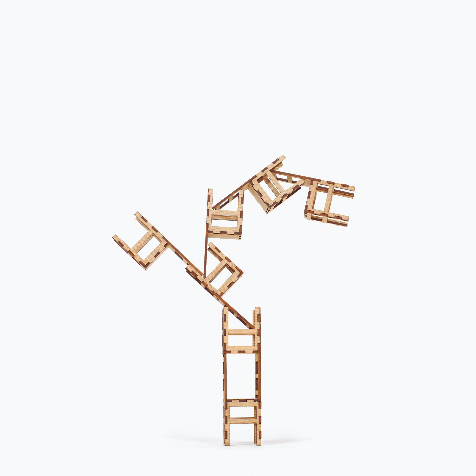 Las sillas stacking chairs design game no rules - Game sillas gaming ...